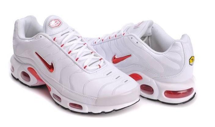 air max plus blanche et rouge
