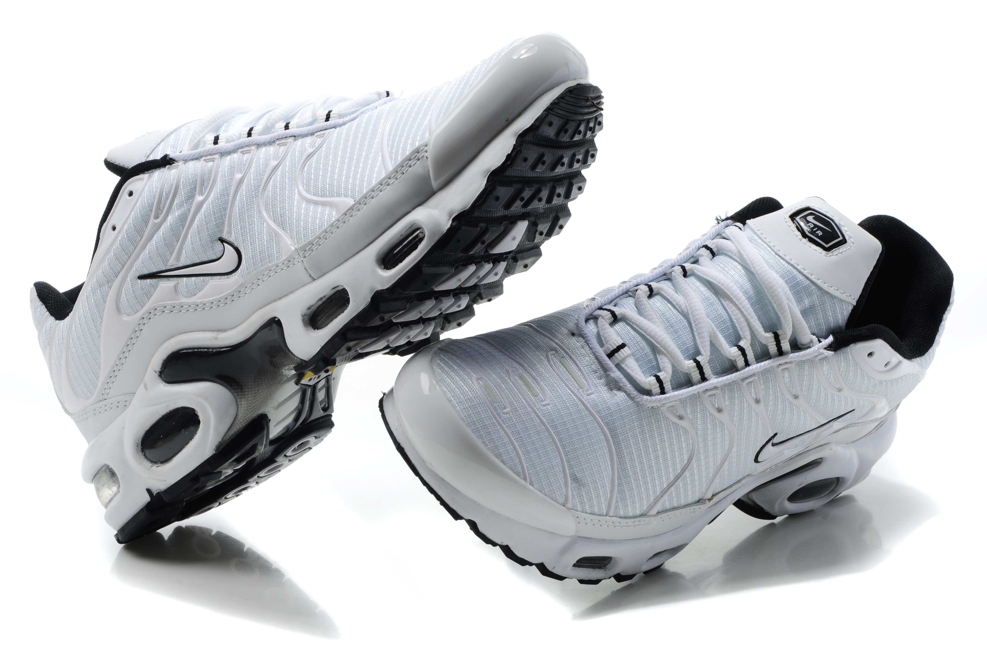 revendeur c9cb4 cd165 nike tn requin wiki,prix des tn,tn games 3rd space